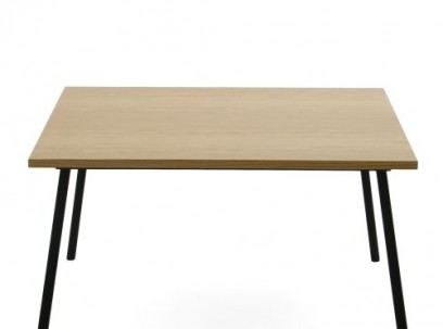 Coupé table